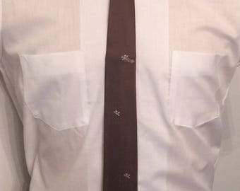 Vintage MENS Marshall Field & Company brown silk skinny tie with Japanese garden emblems, circa 50s-60s