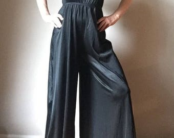 Vintage Womens Lingerie 1960s Lorene of California 60s Black Jumpsuit Lounge Wear Ruffle Black Nylon True Vintage Womens Accessory