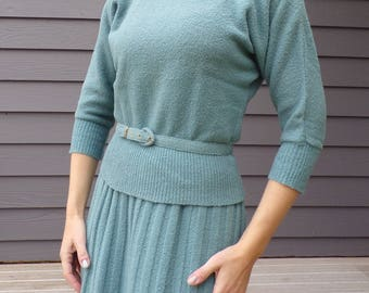 1940's 1950's BLUE KNIT boucle SKIRT set S M with belt (D6)