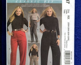 McCalls 5537 Pleated Pants & Gauchos Pattern for Women Size 26W to 32W UNCUT