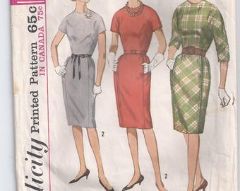 Dress With High Round Neckline Kimono Sleeves Dart Fitted Bodice Center Back Zipper Size 12 Used Vintage Sewing Pattern Simplicity 5142