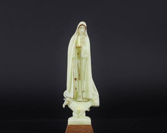 Vintage Our Lady of Fatima Statue - Molded Plastic Glow in the Dark Fatima Statuary - Luminous Roman Catholic Religious Icon