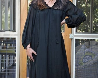 Vintage 1970s Giorgio Sant Angelo Maxi Dress black cotton crochet top hippie gypsy size 10 Ladies
