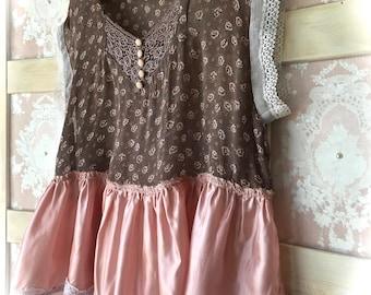 Rustic Prairie Floral  Crop Top Mauve Flounce and Vintage Lace Details