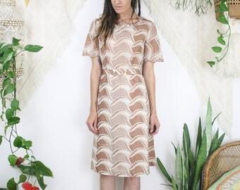 Vintage broderie anglaise sheath dress, Belted vintage secretary dress, Medium Large 4256