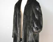 Black Mink Coat / Vtg 80s...
