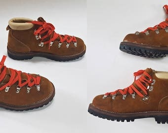 1970s Mountaineer SEARS Montblanc Leather Hiking Boots w/ Red Laces - Mens 7.5 / Womens 9