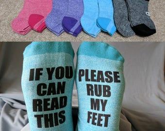 If You Can Read This Please Rub My Feet, Custom Socks, Women's Gift Idea, wine socks, funny socks, personalized gift, personalized socks