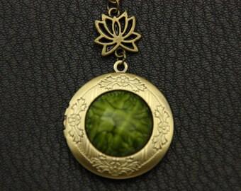 Necklace locket photo lotus 2020m