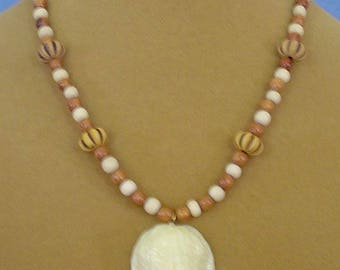 """18""""  Wood Necklace with Nut Pendant Necklace - N557"""