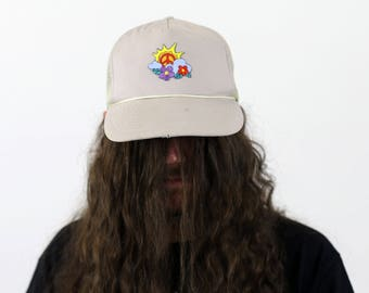 True Vintage Peace & Love Hippy Snapback Mesh Hat