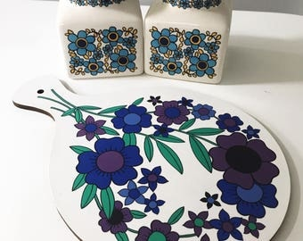 REDUCED Vintage 1960s Taunton Vale Blue Floral Chopping or Cutting Board