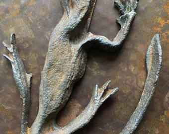 Vintage Metal Lizard Sculpture, Artwork Iron Cast Gecko,Bronze Reptile