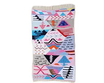 "75""X44"" Handwoven moroccan kilim rug, boucherouite rug, handmade rug, geometric pattern, colorful rug, chic ethnic, moroccan decor"