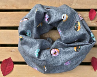 Baby scarf, Toddler Scarf, Donut Print Infinity Scarf, Infant/Toddler Scarf, Children's scarf, Baby Style, On Trend Scarf, Accessories
