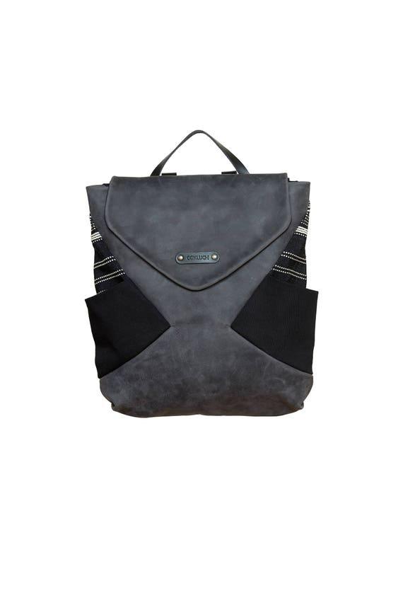 kamikaze - leather backpack - black