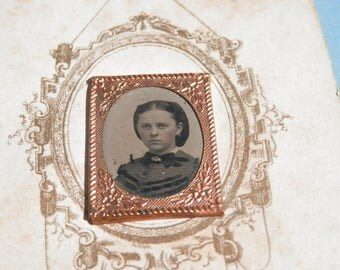 Civil War Era Photograph Card Gold Frame