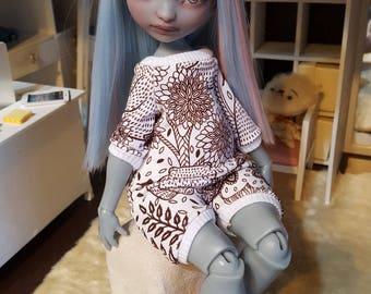 Poulpy/Bo Lillycat onesie