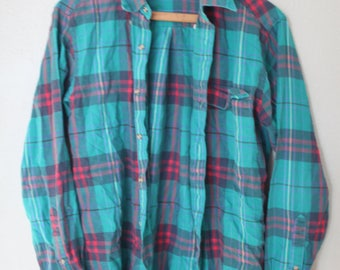 vintage red & green turquoise plaid checkered grunge flannel button up shirt