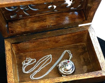 The Vampire Diaries Inspired Elena Gilbert Vervain Locket Necklace 925 Sterling Silver Nina Dobrev TVD