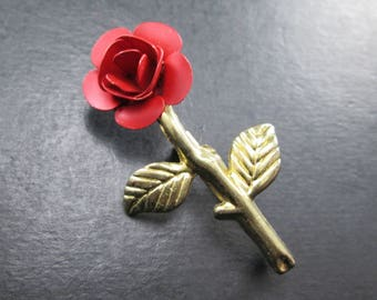 Vintage Red & Gold Tn Rose Flower Brooch Pin