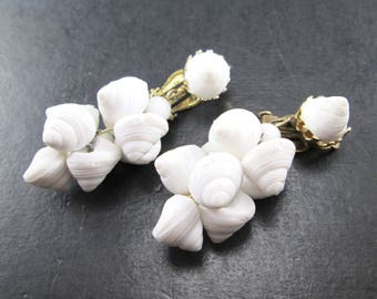 Vintage White Shell & Gold Tone Dangle Earrings Made in Japan Clip On 60s