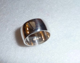 Ring. Sterling Silver. Finland. Vintage.