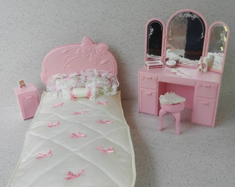 Mattel Barbie Sweet Roses Bed, Nightstand and Vanity, With Bedding and Accessories, Ribbons and Roses Reversible Bed, Barbie Furniture Set