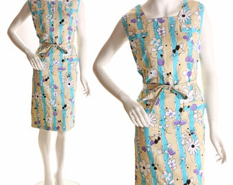 1960s Cream and Turquoise Floral Cartoon Flower and Heart Print Shift Dress-L
