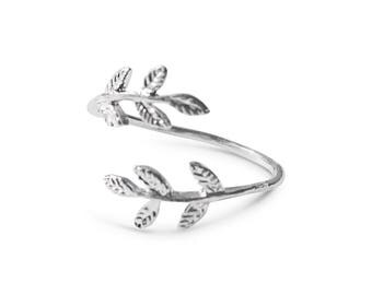 Leaf Ring, Silver Leaf Ring, Open Ring, Adjustable Ring, Everyday Ring, Dainty Ring, Silver Ring For Women, Boho Ring, Bohemian Jewelry
