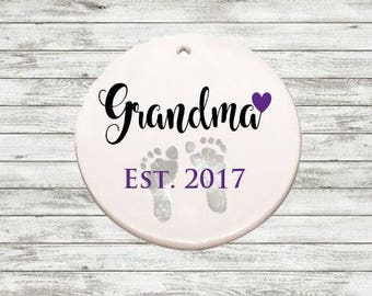 SALE**FAST SHIPPING - Pregnancy Announcement - Grandma, Grandpa, Aunt Uncle, Est. Ornament