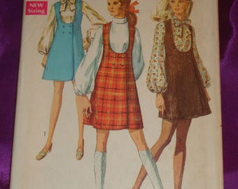 1960s 60s Vintage Mod U Neck Double Breasted Jumper n Long Full Sleeve Blouse 3 Vws COMPLETE Simplicity Pattern 8345 Bust 36 Inches 92 Cm
