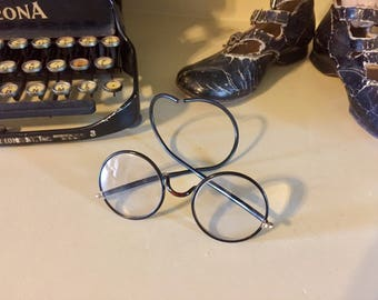Vintage Spectacles / wire rimmed eyeglasses / round specs