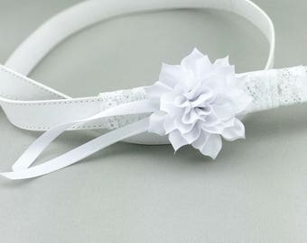 White Leather Wedding Dog Leash with White Flower Bloom and White Lace Pet Leash Dog Wedding Outfit