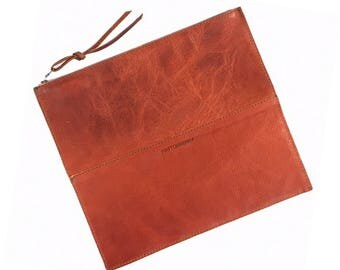 FOLDOVER CLUTCH Saddle Brown • Leather Clutch Bag