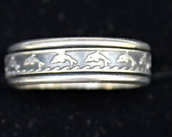 Vintage Sterling Silver HAWAIIAN  DOLPHIN Waves Spinner RING