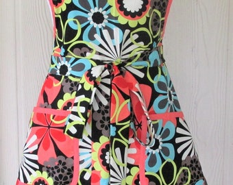 Retro Style Apron, 50s, Floral Apron, Coral, Vintage Inspired,  KitschNStyle