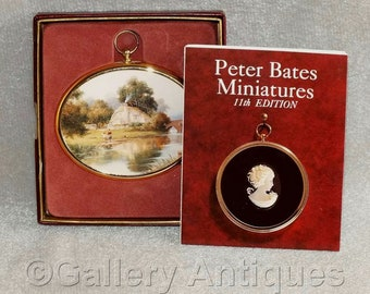 Vintage Pangbourne Cottage by Herbert King Framed Miniature Reproduction from The Miniature World of Peter Bates No. 89 11th Edition Boxed