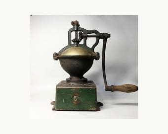 French Antique Peugeot Freres A2 Coffee Grinder - Bistro Coffee Grinder - End 19th Early 20th Century
