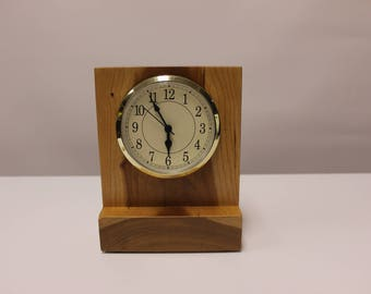124 Medium Wooden Desk Clock