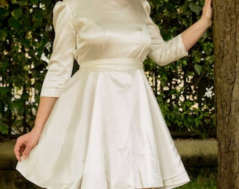 WHITE DRESS unbleached color - white sleeves