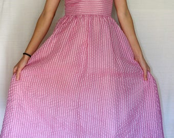 VINTAGE 80's party dress//tulle material//fullness dress//