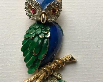 Vintage Trifari Multicoloured Enamel and Rhinestones Owl Brooch/Gold Tone Metal/Green and Blue Enamel/1950s