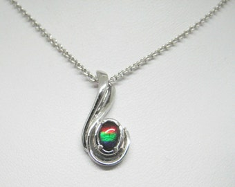 Gorgeous  Triple colour AAA quality Ammolite Sterling Silver pendant