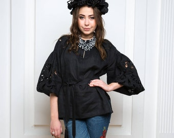 Boho Ukrainian Black linen blouse Vyshyvanka Broderie anglaise shirt Bohemian style Chic nationale Mexican blouse Richelieu blouse black
