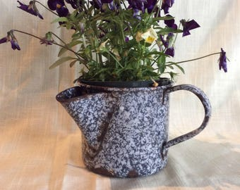 Vintage blue speckles granite pouring mug coffee tea cup tea steeper strap handle pitcher