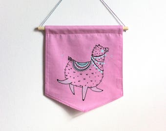 Wall banner 2 colors, festive alpaca, pink fabric, wall decoration, decoration, gift, baby gift, animal lover