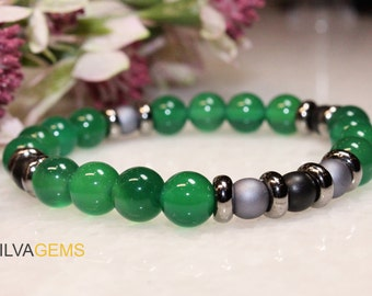 Stylish Genuine Green Agate and Hematite Beaded Stretchy Bracelet with Matte Silver and Black Beads. Grade AAA Green Agate Bracelet.