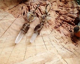 Unique - Boucles d'oreilles en cuivre bronze avec pointe de quartz rose par Angel'S