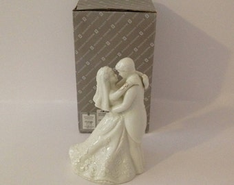 Vintage Madison Avenue Porcelain Ivory and Gold Bride and Groom Wedding Cake Topper Traditional
